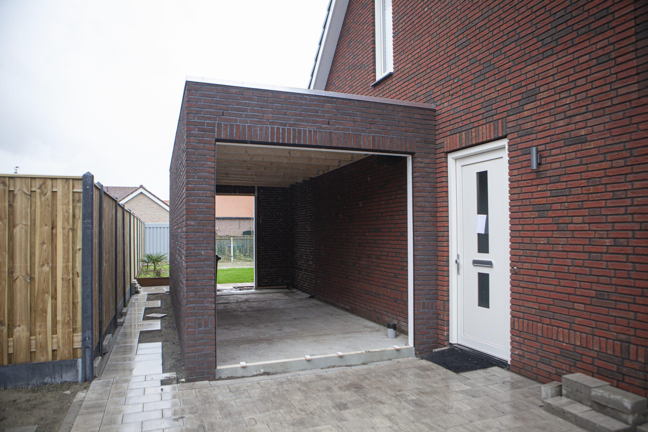 Aanbouw-Garage-Aannemersbedrijf-Wondergem
